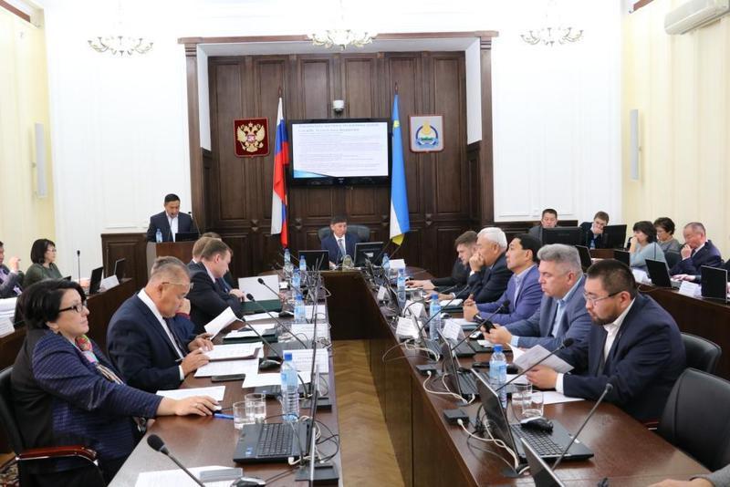 Совет Народного Хурала Бурятии обсудил повестку очередной сессии и план работы на следующий год