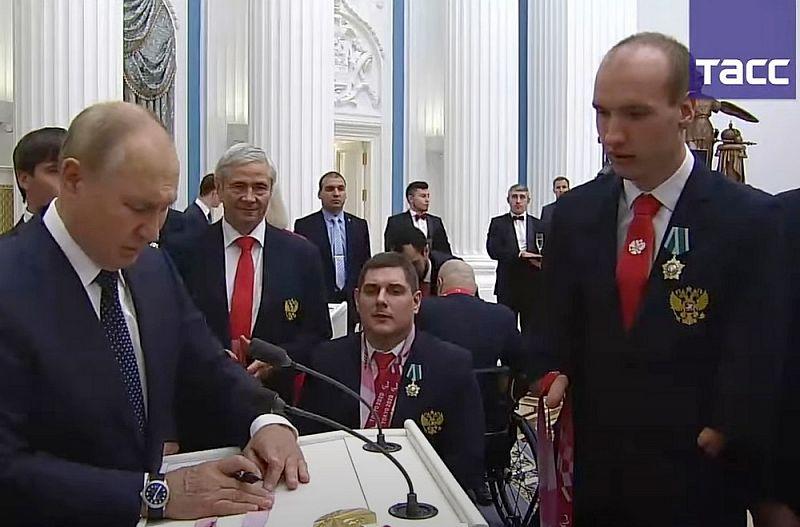 Паралимпиец из Бурятии поделился впечатлениями от встречи с Путиным