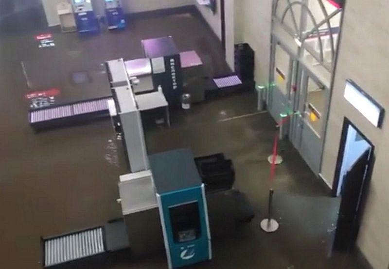 Улан-удэнский вокзал затопило из-за отсутствия «ливнёвок»
