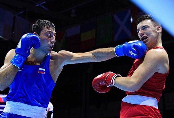 Боксер из Бурятии одержал первую победу на Чемпионате мира