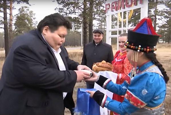 «В школе не мог уместиться за партой»: На Первом канале рассказали об Анатолии Михаханове