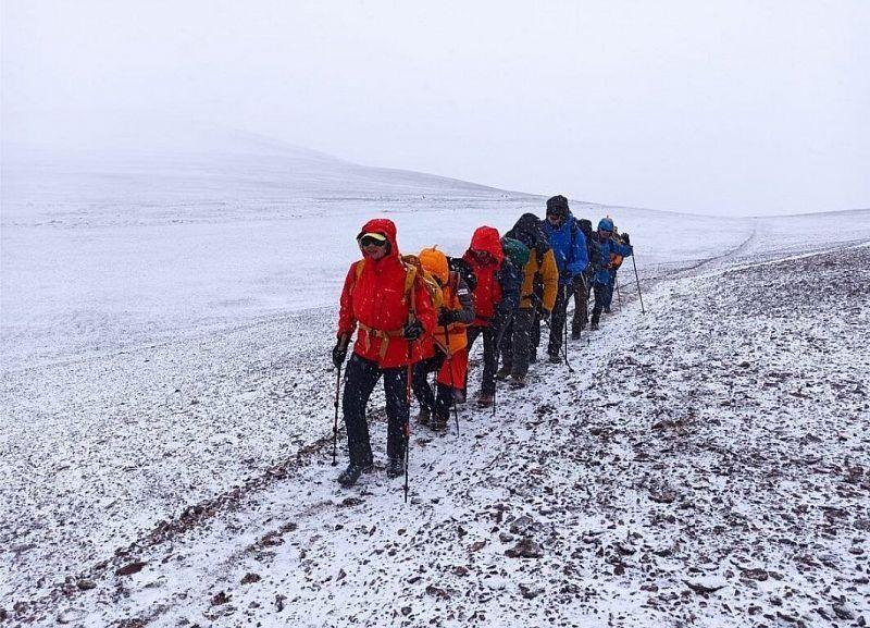 Жительница Улан-Удэ покорила самый высокий вулкан мира