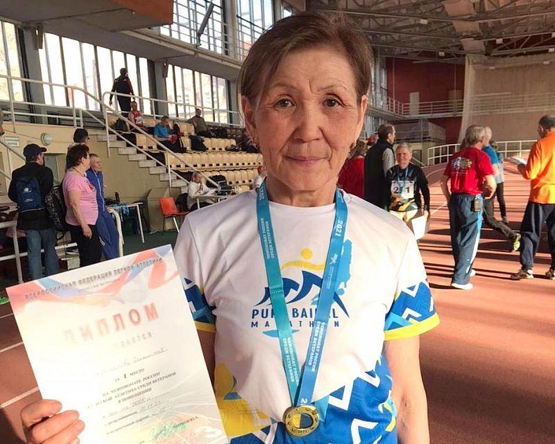 Преподаватель физкультуры из Улан-Удэ стала чемпионкой России среди ветеранов