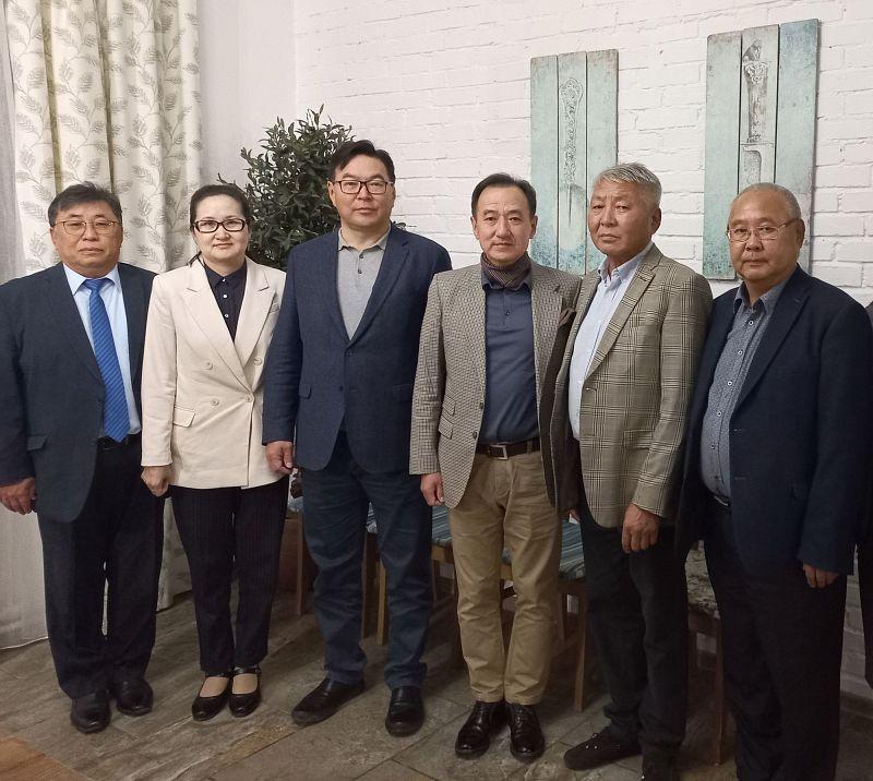 Депутаты Народного Хурала Бурятии встретились с коллегами из Монголии