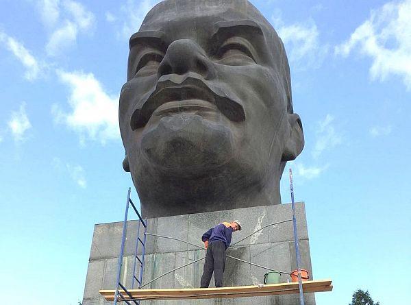 Голова Ленина